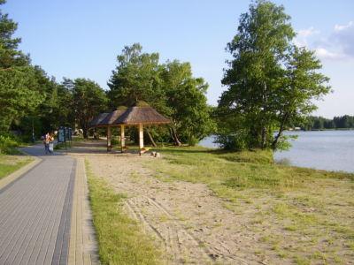 Jezioro Białe - promenada